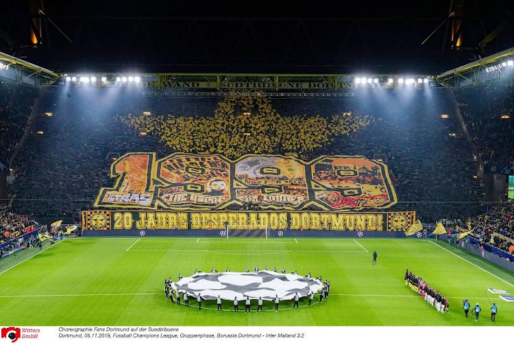 "📷 Supporters Duitse topclub smeken om vrouwenvoetbal: ""Voetbal is er voor iedereen"""