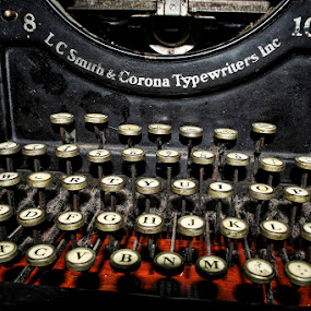 Smith & Corona by Sergio Yorick - Artistic Objects Antiques ( color, old, artistic, typewriter, object )