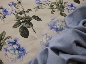 Photo: Ткань : Крепдешин натуральный шелк ш.140см. цена 4000руб. Ткань : Костюмная шерсть с кашемиром ш.140см. цена 3600руб.