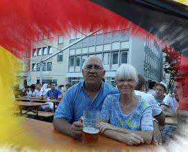 Photo: Franz und Gaby am Rathausplatz Ingolstadt beim Fussball schauen....