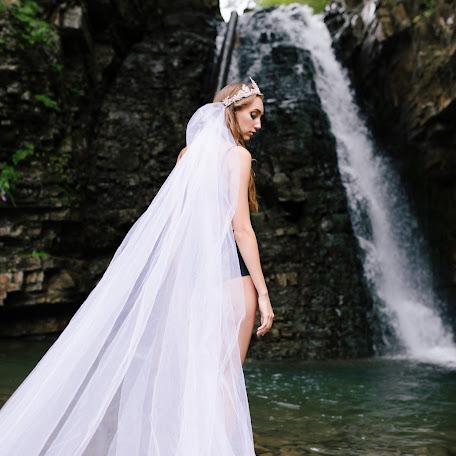 Wedding photographer Nataliya Vasilkiv (Nata24). Photo of 20.08.2017