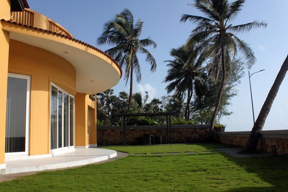 romantic-staycation-properties-mumbai_villa_the_yellow_house