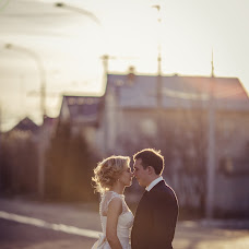 Wedding photographer Elvira Kapustina (kapustinael). Photo of 15.03.2016