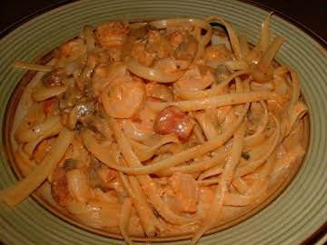 Spring Hill Ranch's Pasta with Tomato Cream Sauce