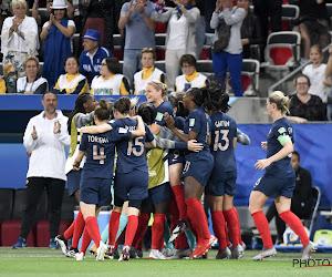 🎥 Bijzonder knullige owngoal op WK vrouwenvoetbal, erg bizarre beslissing van VAR maakt het verschil