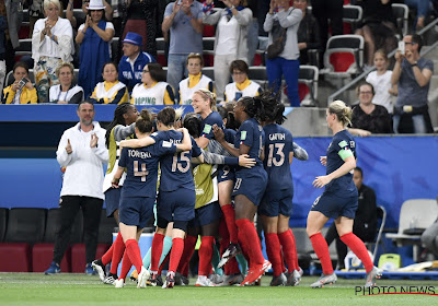 🎥 La France bat la Norvège malgré un auto-but de Renard