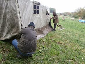 Photo: Zuhogó esőben állítottuk fel a sátrat.