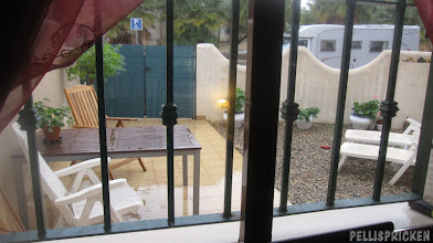 Photo: Poolaltan med balkongen i förgrunden