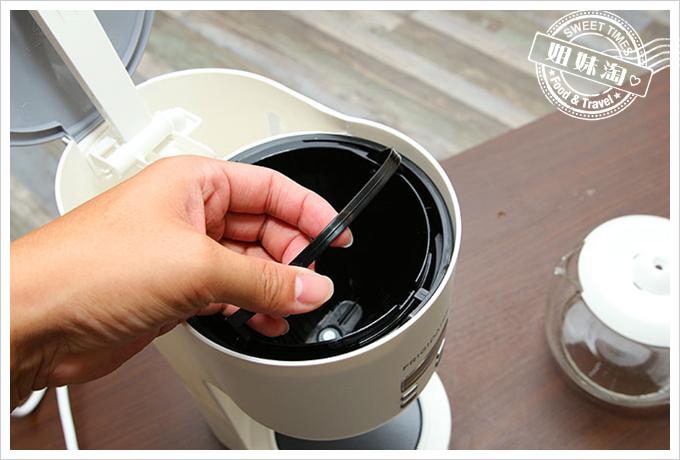 Frigidaire雙溫酒櫃智慧咖啡機5