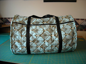 Photo: The following bags were made at workshop at Kindred Heart Quilter's Guild, Whitby, Ontario, November 2010
