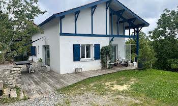 maison à Urt (64)