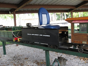 Photo: Charles Williams's steam loco with new seat on the tender.  HALS RPW  2009-0905