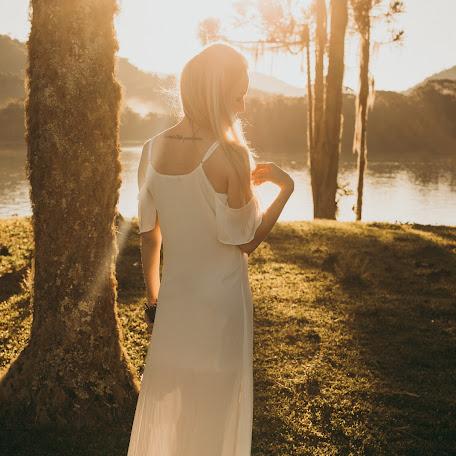Wedding photographer Bruna Roos fotografia (brunaroosfotogr). Photo of 18.07.2017