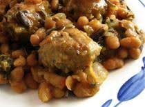 Meatball And Baked Bean Casserole. Recipe