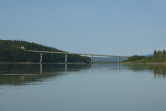 Photo: Yukon River. Dalton Highway Bridge