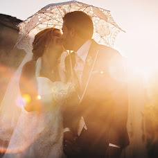Fotografo di matrimoni Carmelo Ucchino (carmeloucchino). Foto del 23.02.2019