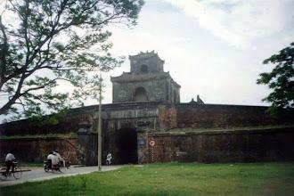 Photo: cửa Ngăn (cửa Thể Nhân) - cận cảnh