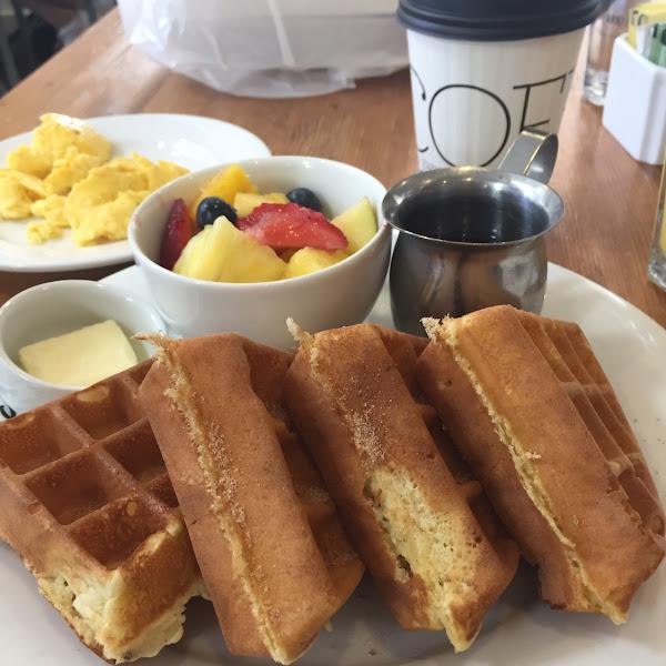 Cinnamon sugar gf waffles