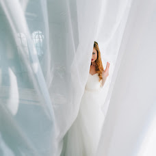 Wedding photographer Sergey Ilin (man1k). Photo of 17.03.2018