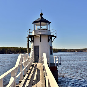 Doubling Point Lighthouse by Joe Fazio - Buildings & Architecture Public & Historical ( maine, lighthouse, brunswick, vacationland, kennebec river, bath, water, iron works,  )