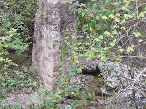 Photo: Un pilier vestige d'un pont disparu??????