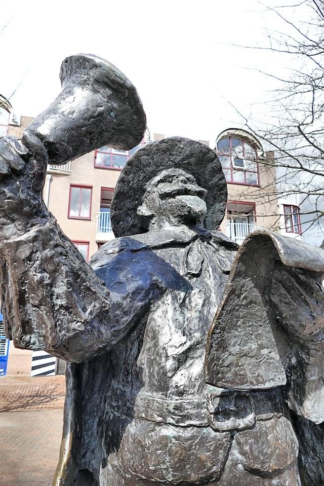 Aangeboden door: Stichting Microtoerisme InZicht Fotoblog Meppel Stadsomroeper