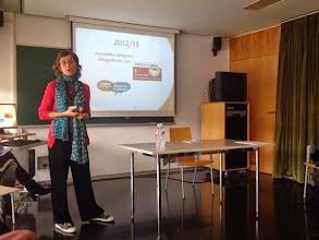 Photo: Eva Espuña presentant el projecte del Ferran Sunyer
