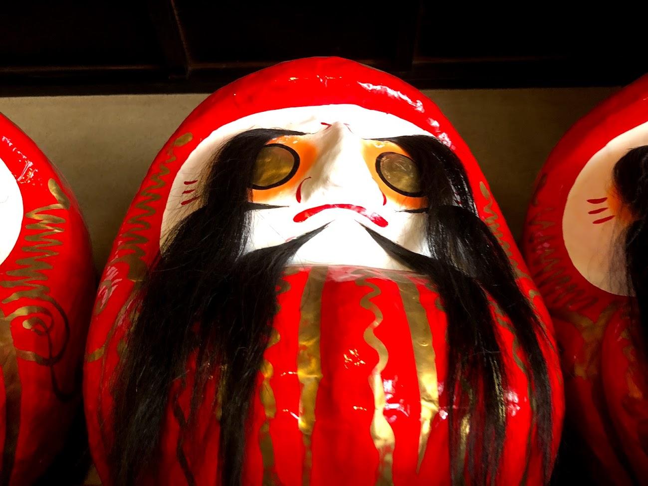 Strange daruma dolls2