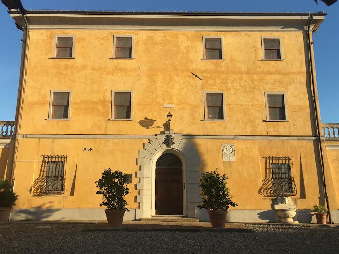 Facciata della Villa Granducale di Alberese, Grosseto