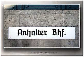 Foto: 2010 10 20 - R 06 07 17 054 c - P 106 - Anhalter Bahnhof
