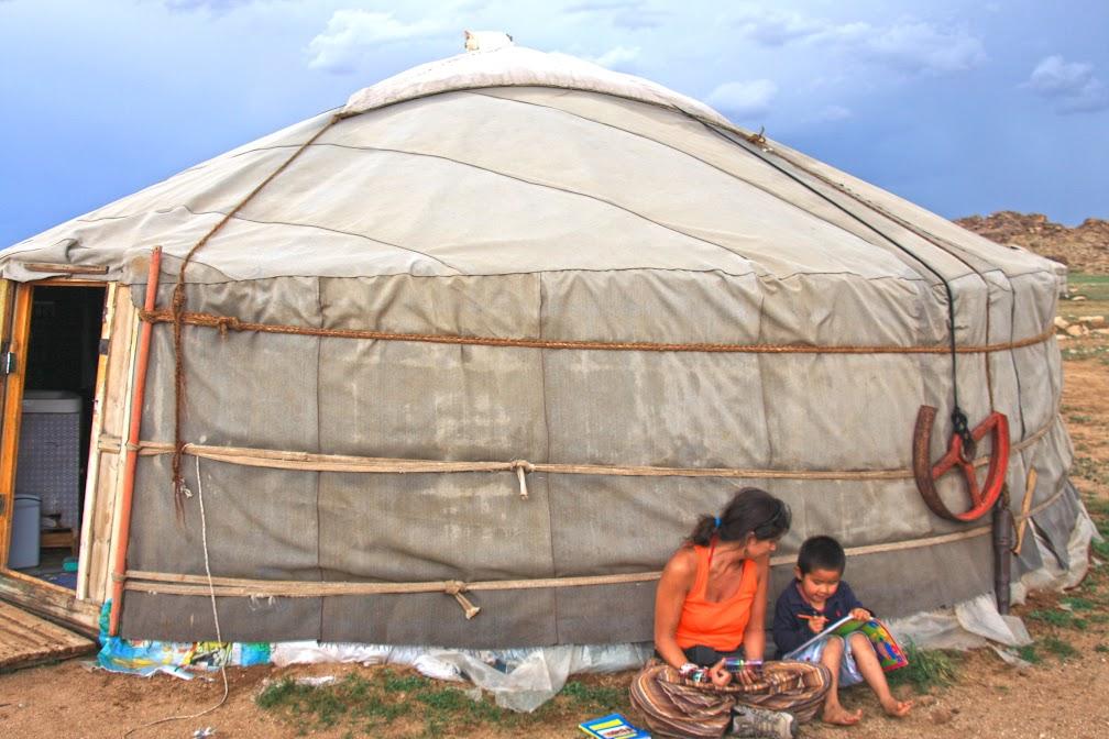 RALLY MONGOL | Mais de 15 mil quilómetros, 24 países e o sonho de tornar o mundo um lugar melhor
