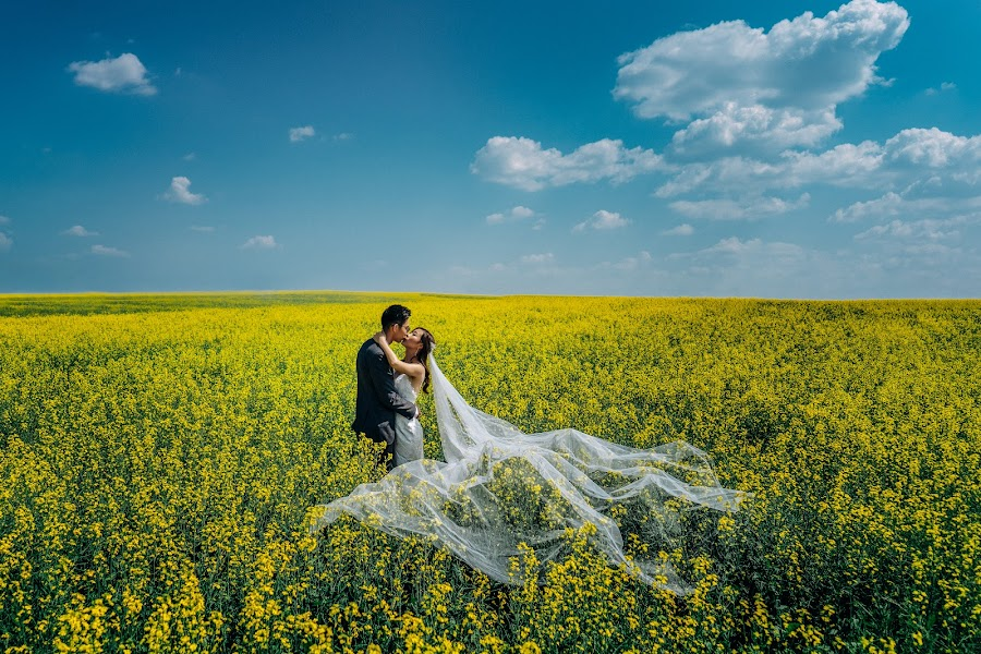 Wedding photographer Marcin Karpowicz (bdfkphotography). Photo of 06.11.2018