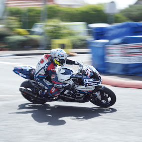 turn in by Marc Lawrence - Sports & Fitness Motorsports ( motorcycle, northern ireland, motorbike, racer, road racing )