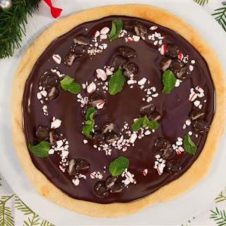 Chocolate Peppermint Dessert Pizza.