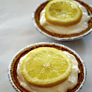 Easy No-Bake Lemon Icebox Pie