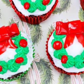 Christmas Wreath Cupcakes.