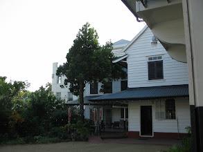 Photo: Het bisschopshuis (vanuit de tuin)