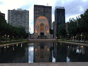 Photo: Hyde Park - Anzac Memorial