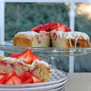 Iced Strawberry Almond Milk Cofee Cake