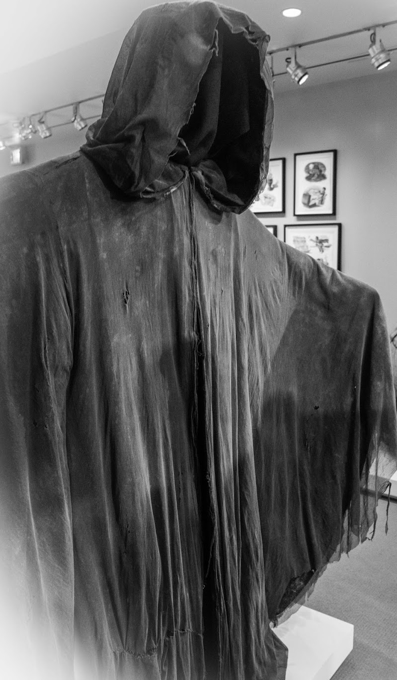 L'ombra dell'abito di Damiano Buffo