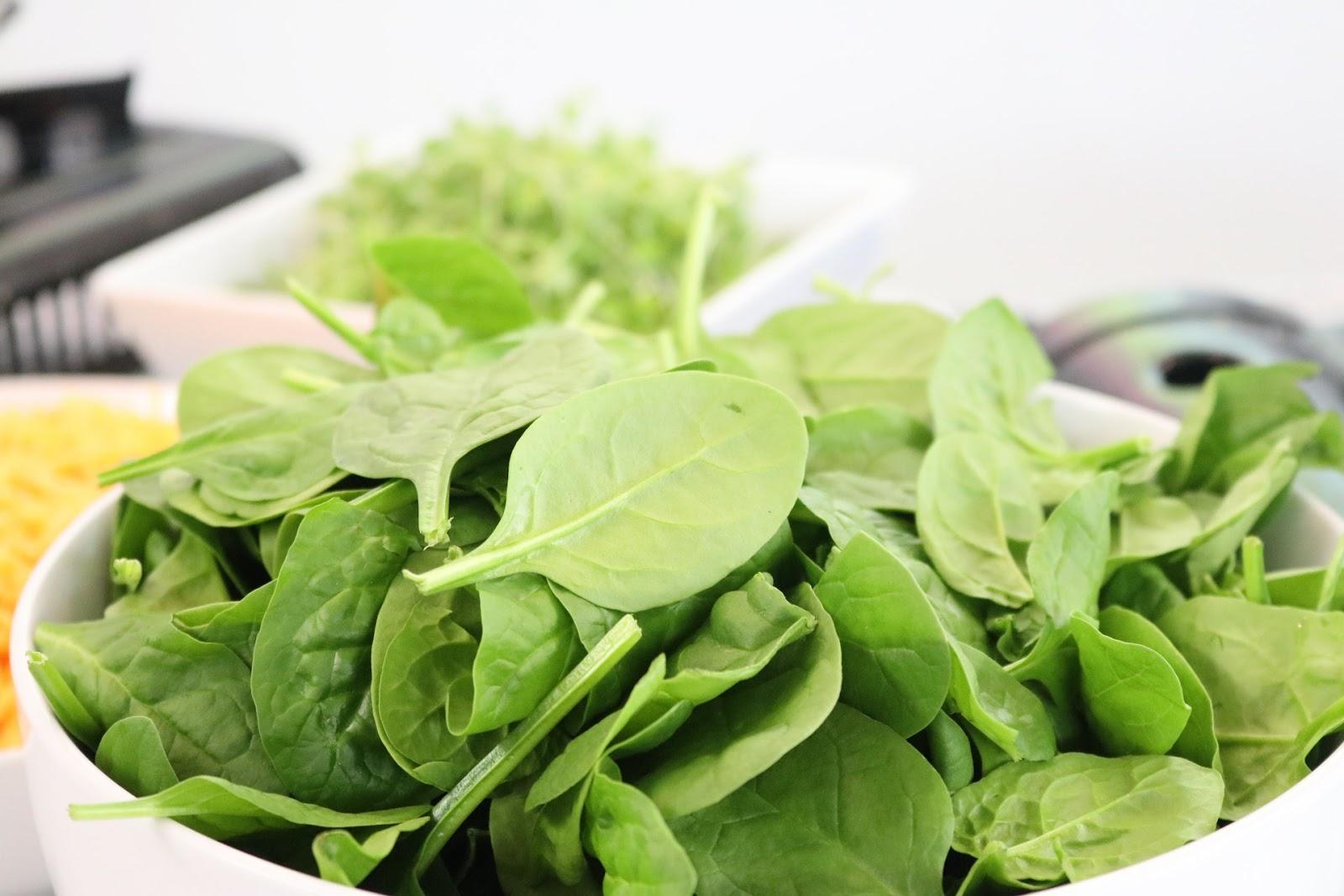 Vegetais verde-escuros têm bastante ácido fólico, substância que contribui para os processos cerebrais (Imagem: Jacqueline Howell/Pexels)