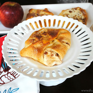 Apple Cheesecake Bundles