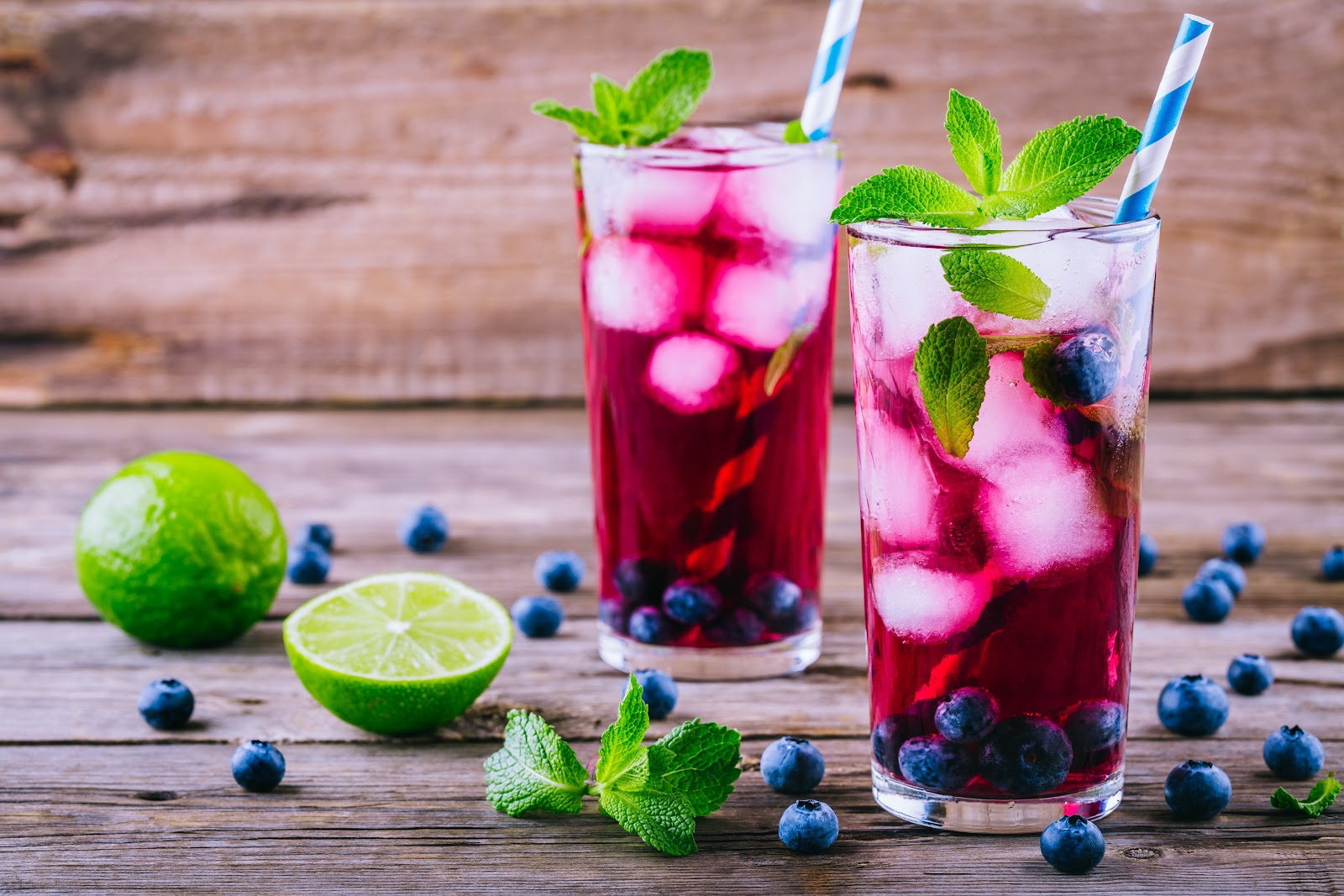 watermelon cocktail with mint