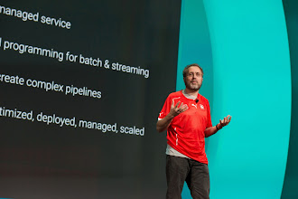 Photo: Here, UrsHölzle shares his thoughts on Google Cloud Platform.