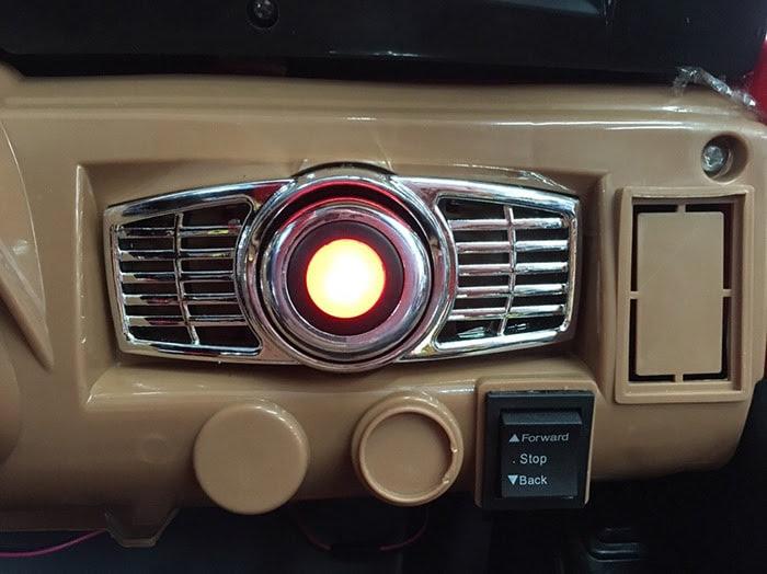 Xe oto điện Jeep KKL-5288 cực ngầu cho bé 10