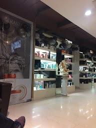 Looks Unisex Salon photo 3