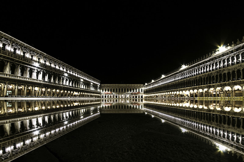 Acqua alta a Venezia di gianfranco_cosmai