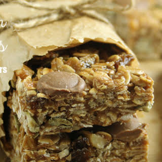 Best Homemade, Chewy, No Bake Granola Bars.