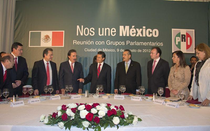 Photo: Reunión con Grupos Parlamentarios del PRI  México, D.F. 9 de Agosto de 2012