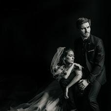 Fotógrafo de casamento Katerina Mironova (Katbaitman). Foto de 10.03.2019